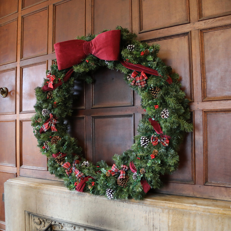 Giant Traditional Christmas Wreath 2