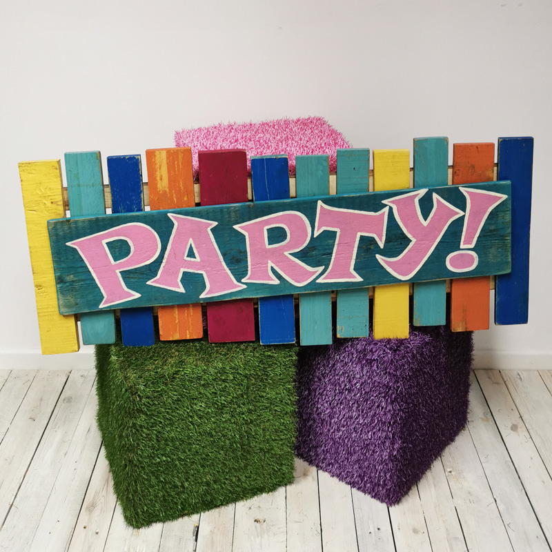 Colourful Pallet Party Sign 3