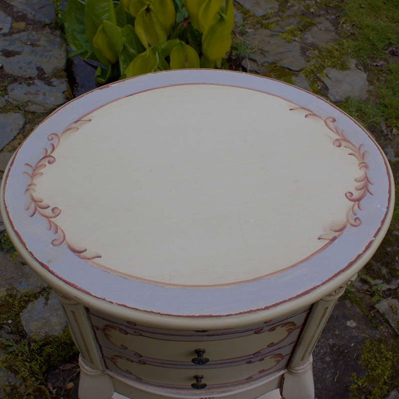 French Style Rococo Round Side Table 3