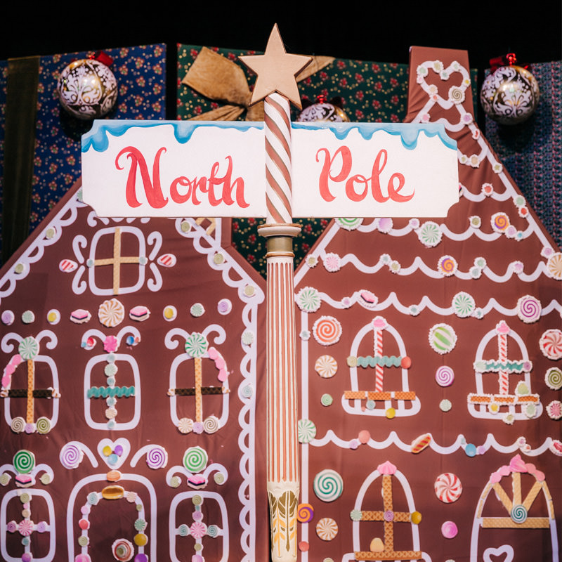 North Pole/Grotto Signpost 2