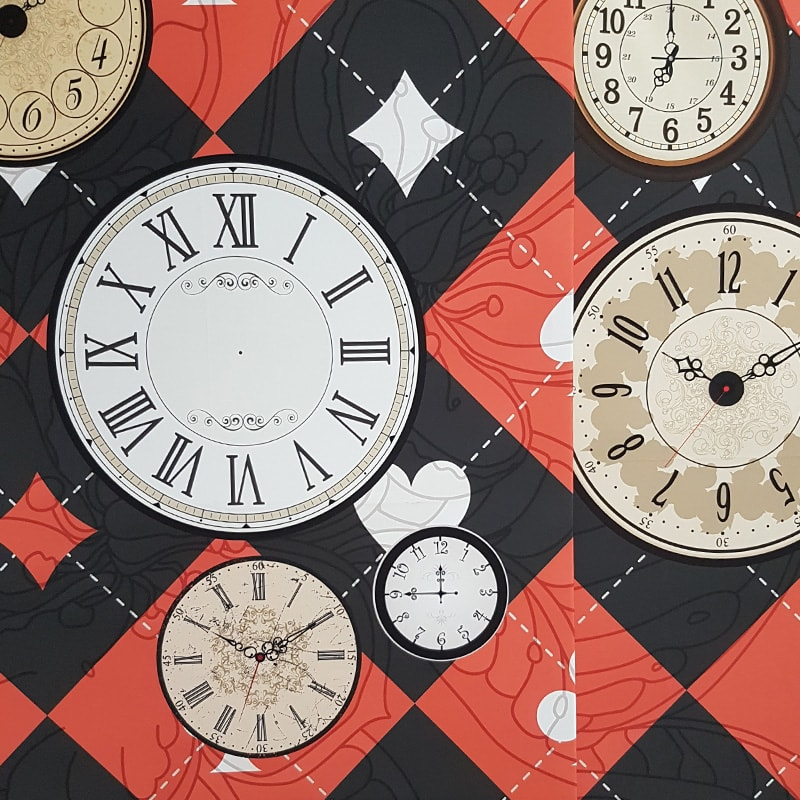 Cards and Clocks Concertina Backdrop Panels x4 2