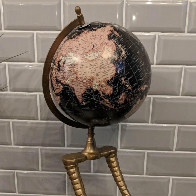 Flamingo Legged Globe 2