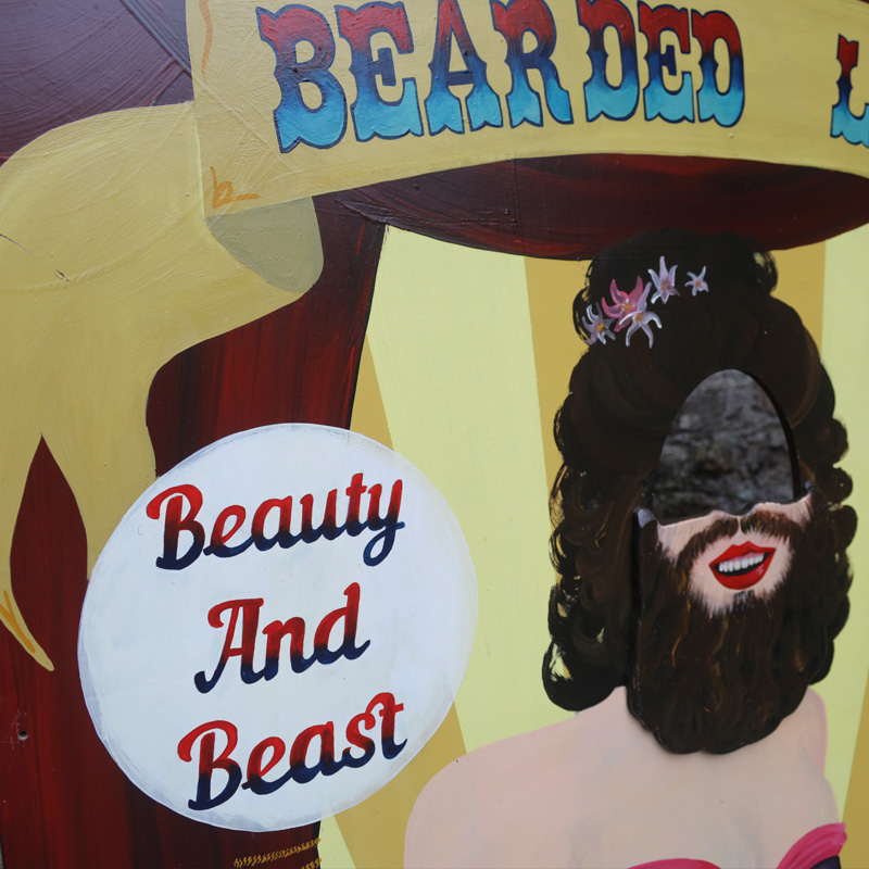 Bearded Lady Peep Board  2