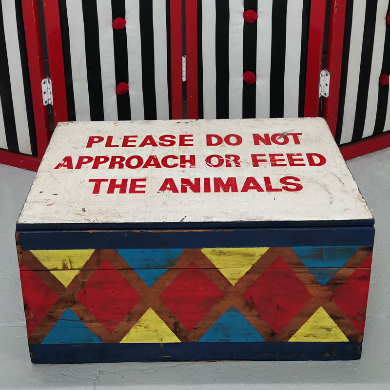 Please Do Not Feed The Animals Circus Box