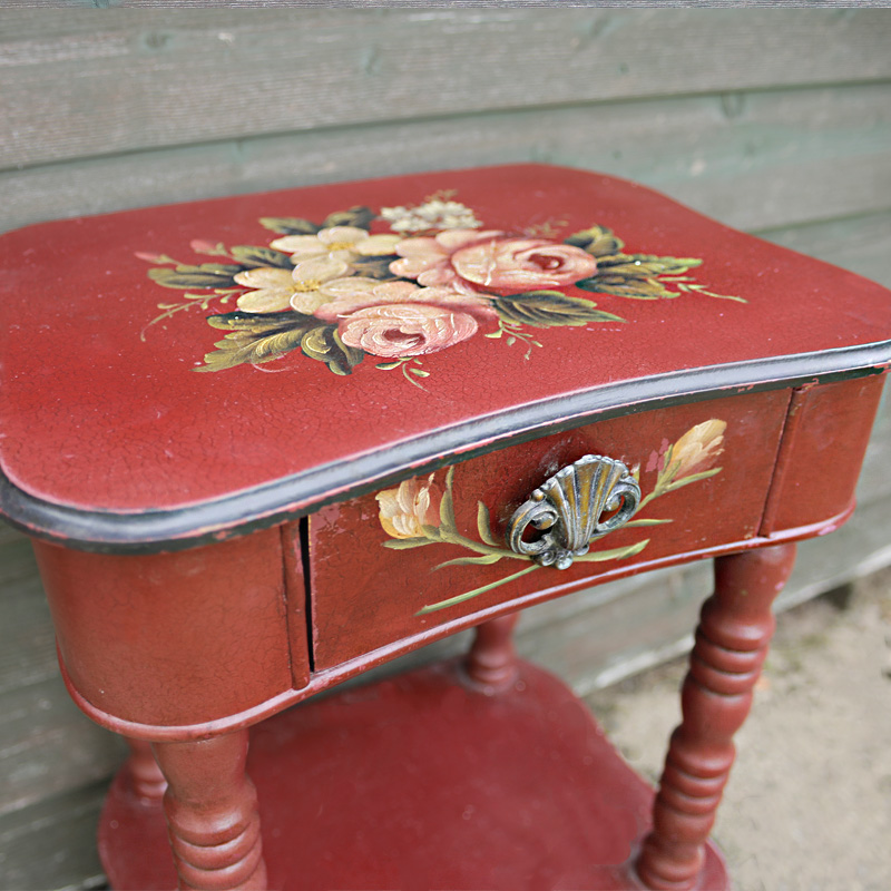 Renaissance Rose Red Side Table 2