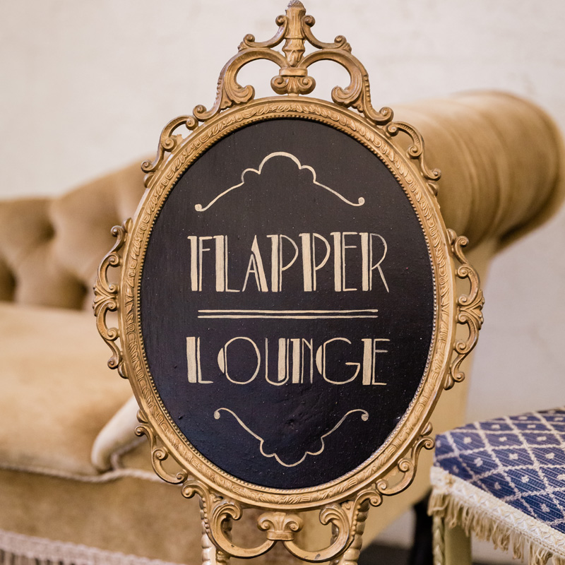 Flamingo Legged Flapper Lounge Sign 2