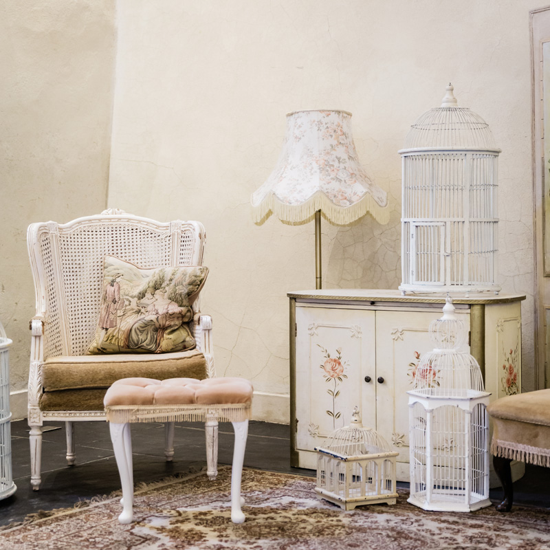 Small Rectangle Victorian Cream Bird Cage 2