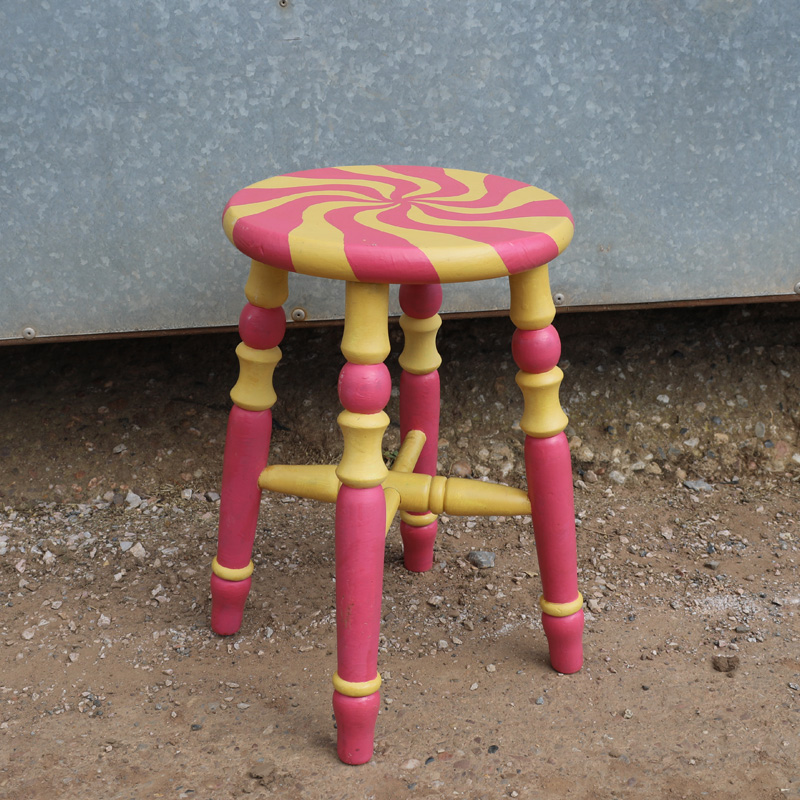 Rhubarb and Custard Swirl Stool