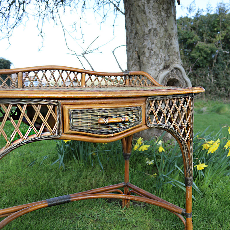 Wicker Desk 2