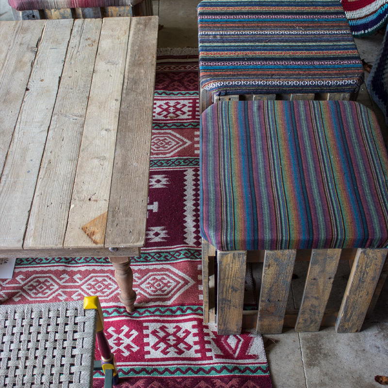 Cushioned Pallet Stool 4