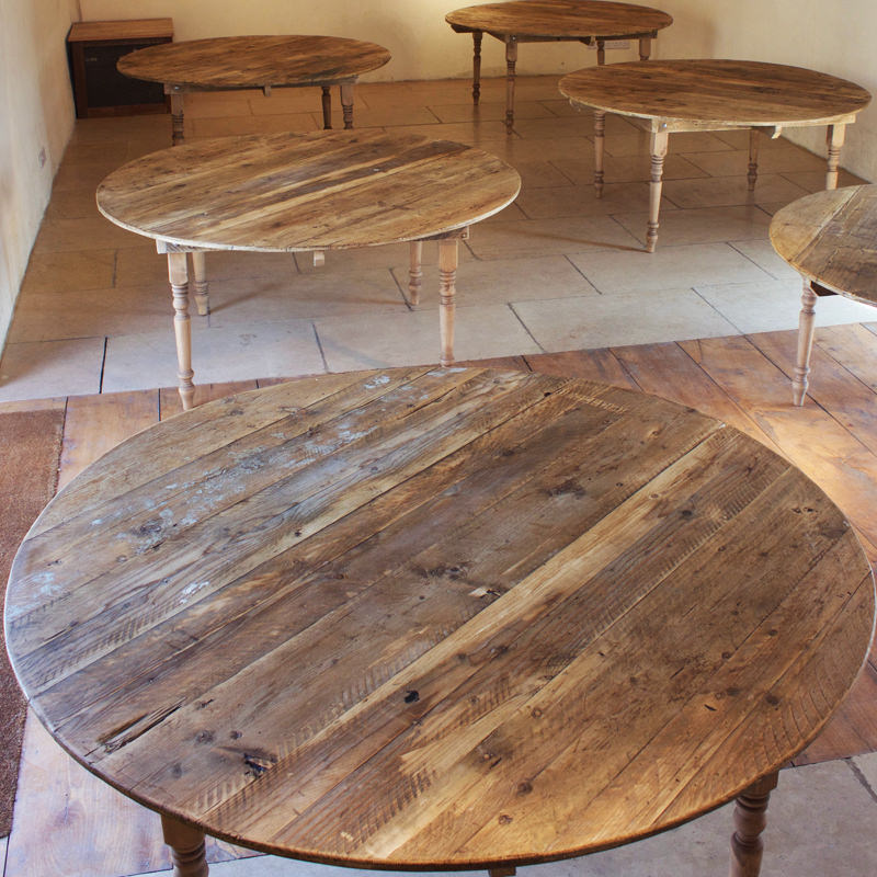 Round Farmhouse Table seats 8 1