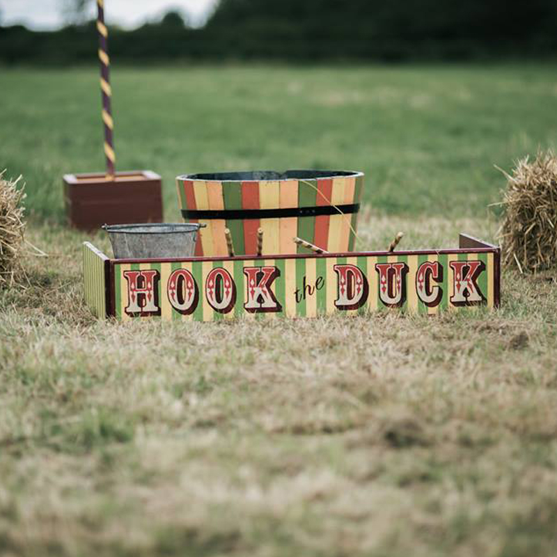 Hook the Duck with authentically worn paint 4