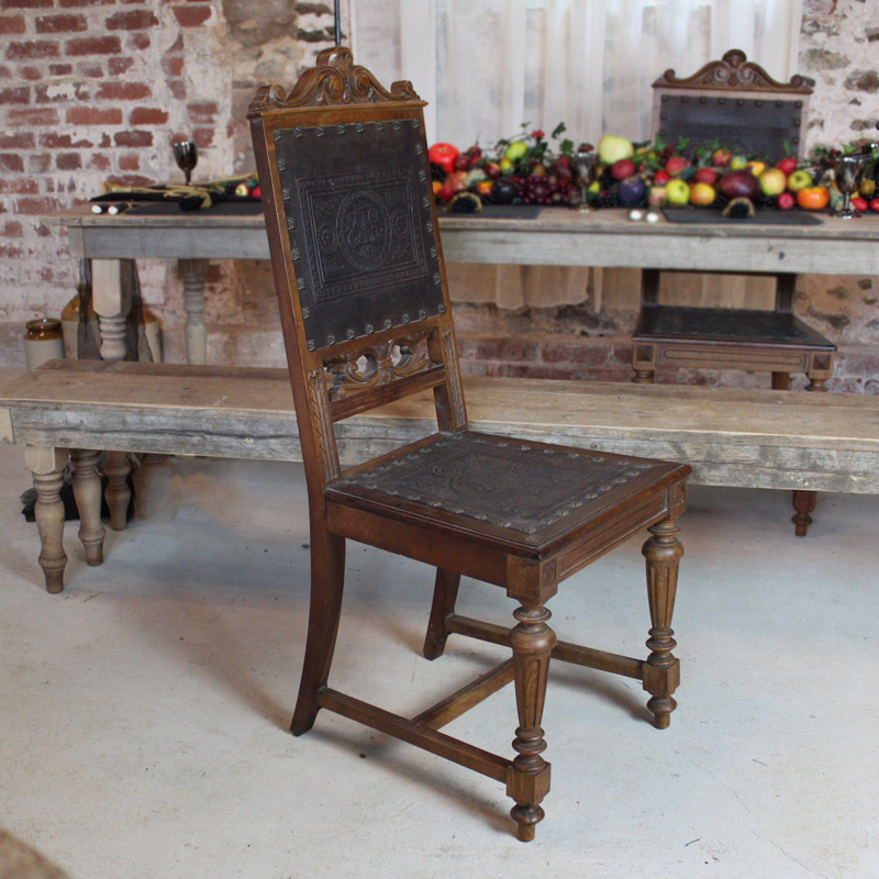 Embossed Leather Grand Chair