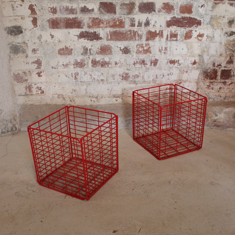 Retro Red Cube Wire Basket