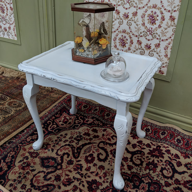 Small White Queen Anne Coffee Table