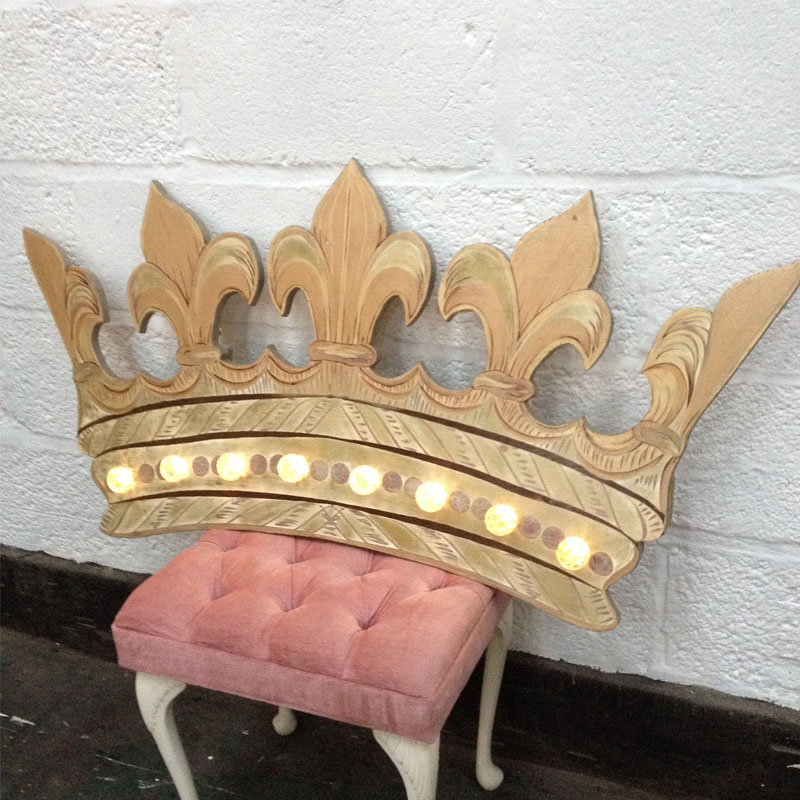 Illuminated King Crown