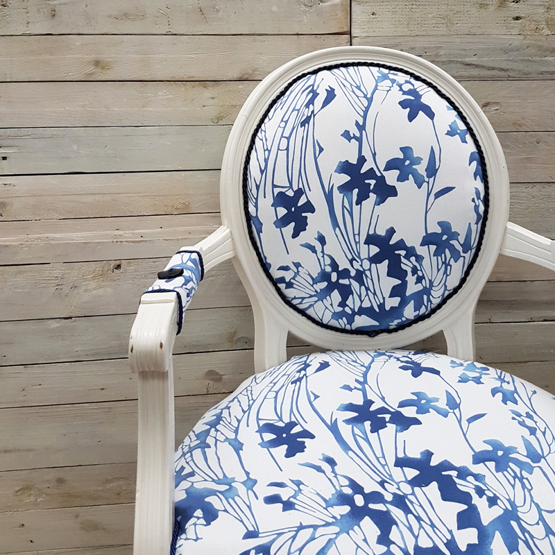 Willow Blue and White Queen Anne Chair 2