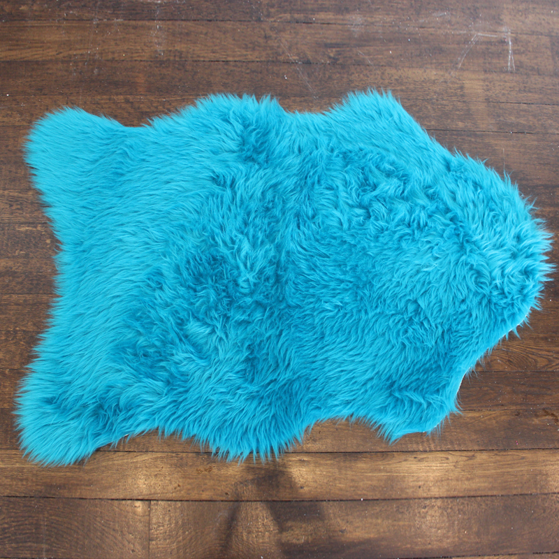 Faux Fur Rug - Turquoise